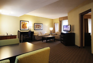 Suite - Holiday Inn Hotel & Suites Chandler