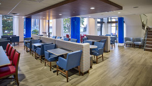 Restaurant - Holiday Inn Express Hotel & Suites Waterfront Windsor