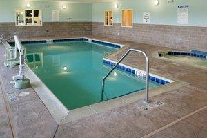 Pool - Holiday Inn Express Hotel & Suites Albert Lea