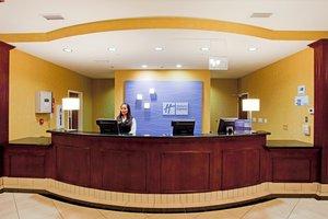 Lobby - Holiday Inn Express Hotel & Suites Reno