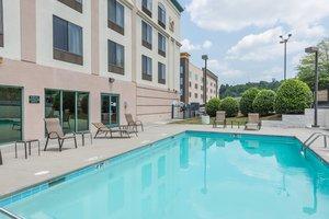 Pool - Cleveland Hotel