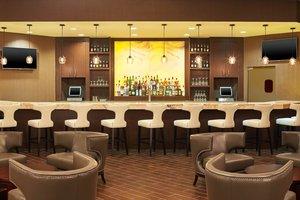 Restaurant - Sheraton Hotel Lisle