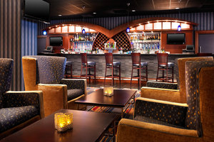 Restaurant - Sheraton Hotel Cleveland Airport