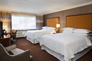 Room - Sheraton at the Falls Niagara Falls