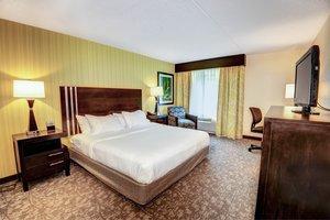 Room - Holiday Inn Express Neptune