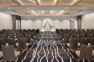 Ballroom - Delta Hotel by Marriott Northeast Minneapolis