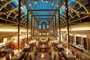 Restaurant - Sheraton Hotel Maitland