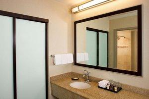 Room - Sheraton Suites Airport Orlando