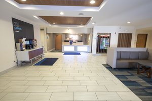 Lobby - Holiday Inn Express Hotel & Suites Iron Mountain
