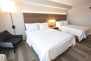 Room - Holiday Inn Express Hotel & Suites Iron Mountain
