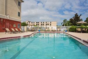 Pool - Holiday Inn Express Airport Orlando