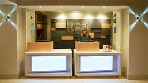 Lobby - Holiday Inn Express Bridgeville