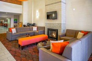 Lobby - Holiday Inn Express Hotel & Suites Carmel
