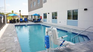 Pool - Holiday Inn Express Hotel & Suites I-295 Jacksonville