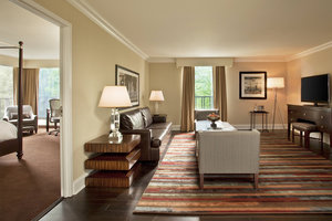 Suite - Sheraton Society Hill Hotel Philadelphia
