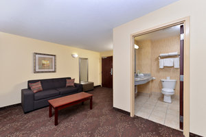 Suite - Holiday Inn Express White House