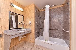Room - Holiday Inn Express White House