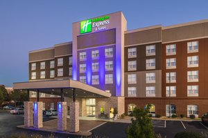 Exterior view - Holiday Inn Express Hotel & Suites Duluth