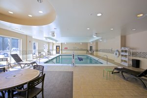 Pool - Holiday Inn Express Hotel & Suites Duluth