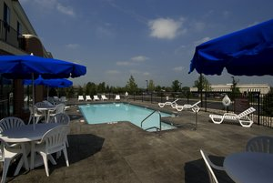 Pool - Holiday Inn Express Hotel & Suites Airport Bethlehem