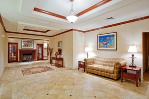Lobby - Holiday Inn Express Hotel & Suites Airport Bethlehem