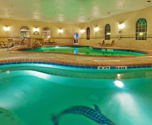 Pool - Holiday Inn Express Hotel & Suites Levelland