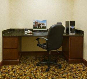 proam - Holiday Inn Express Hotel & Suites Levelland