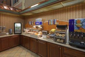 Restaurant - Holiday Inn Express Hotel & Suites Deadwood