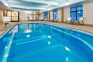 Pool - Holiday Inn Express Hotel & Suites Northeast York