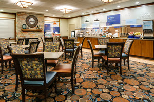 Restaurant - Holiday Inn Express Hotel & Suites Coralville