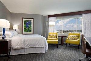Room - Sheraton Hotel Arlington