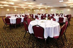 Ballroom - Holiday Inn Detroit Lakes