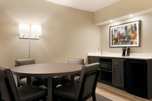 Suite - Holiday Inn Hotel & Suites Council Bluffs