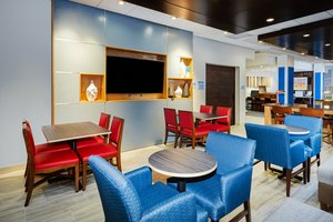 Restaurant - Holiday Inn Express Hotel & Suites North Shore Niles