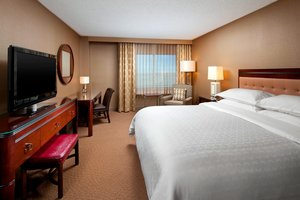 Room - Sheraton Hotel Tech Center Englewood