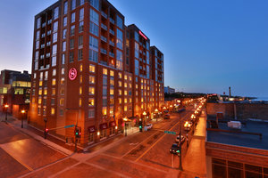 Exterior view - Sheraton Hotel Downtown Duluth
