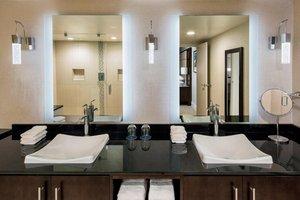 Suite - Sheraton Hotel West Des Moines