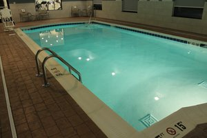 Holiday Inn Express Hotel Amp Suites Glasgow Ky See Discounts