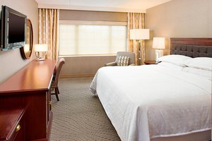 Room - Sheraton Hotel Rockville