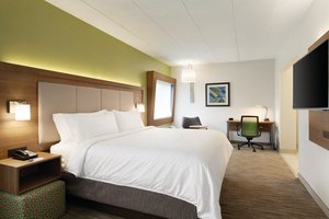 Suite - Holiday Inn Express Hotel & Suites Rocky Hill