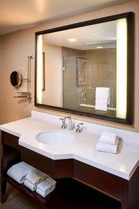 Room - Sheraton Hotel Hamilton