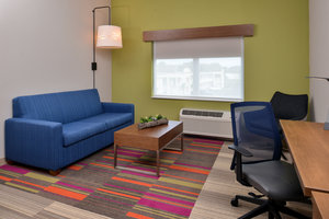 Room - Holiday Inn Express Hotel & Suites Alachua