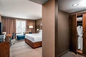 Room - Sheraton Hotel & Conference Center Rexdale