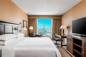 Room - Sheraton Gateway Hotel Toronto Airport