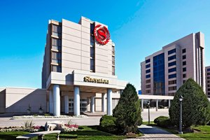 Exterior view - Sheraton Parkway Hotel & Suites Richmond Hill