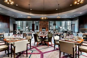 Restaurant - Sheraton Hotel & Conference Center Rexdale