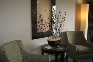 Lobby - Holiday Inn Express Hotel & Suites Bridgeport