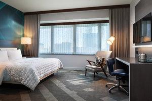 Room - Le Meridien Hotel Downtown Houston