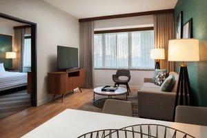 Suite - Le Meridien Hotel Downtown Houston