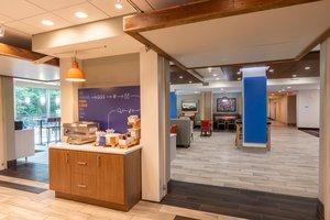 Restaurant - Holiday Inn Express Hotel & Suites Piedmont